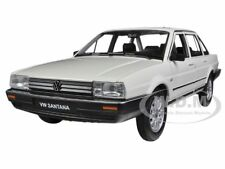 VOLKSWAGEN SANTANA CREAM 1/24 DIECAST CAR MODEL BY WELLY 24036