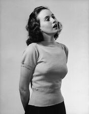 Teresa Wright UNSIGNED photo - H2006 - American actress