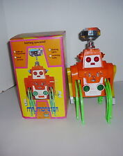VINTAGE 1970'S BATTERY OPERATED PLAY VALUE MR MONSTER 8 LEGGED ROBOT W/BOX WORKS
