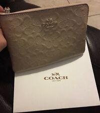 Coach Signature Platinum Patent Leather Corner Zip Wristlet F55206 Beige