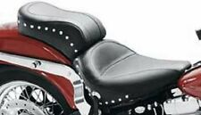 Mustang Studded Standard Style Seat - 75076