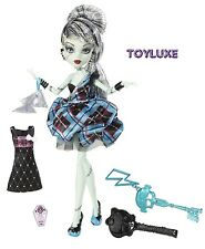 Monster High SWEET 1600 FRANKIE STEIN Birthday Party Ghoul Doll Key FRANKENSTEIN