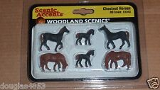 WOODLAND SCENICS Scenic Accents HO Chestnut Horses A1842  HO PEOPLE Figures