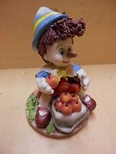 Vecchia statuetta di PINOCCHIO in porcellana bomboniera burattino dipinto a mano