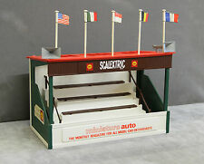 Vintage Tri-ang SCALEXTRIC 1960s A209 Spectator Grandstand (miniature auto)