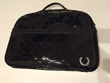 Fred Perry L1116 Polka Dot Emboss Shoulder Bag Black Wet Look Shiny Pvc Glanz