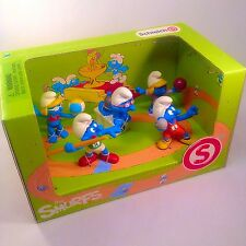 SCHLEICH 2012 - THE OLYMPIC SMURFS BOX SETS SCENERY PACK (5 figures) NEW IN BOX