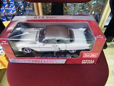 Cadillac Eldorado Brougham 1957-60 deauville blanco OVP 1:18 Sun Star ver imágenes