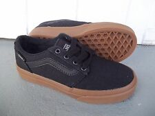 NWT VANS BOYS/YOUTH CHAPMAN STRIPE DISTRESS SNEAKERS/SHOES SIZE 13.NEW FOR 2017