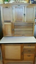 Hoosier Style Cabinet Excellent condition! Bread drawer & flour sifter PRIMITIVE