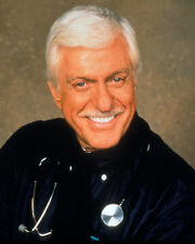 Van Dyke, Dick [Diagnosis Murder] (27395) 8x10 Photo