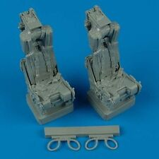 Quickboost 1:32  F-4 Phantom ejection seats for Tamiya
