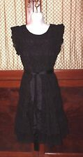 Valentino Red Black Lace Dress  size 42 EUR LBD