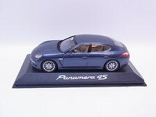 LOT 40242   Minichamps Porsche Panamera 4S blau Modellauto 1:43 NEU OVP