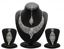 Sukkhi Sleek Rhodium plated AD Stone Necklace Set - 1070VN2150