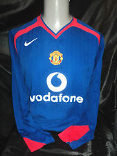 Manchester United 2005-06 away shirt long sleeved medium