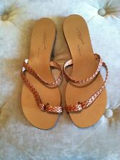 New Tapeet By Vicini Brown Woven Leather Toe Sandals Flat Shoes  40 or 9 M