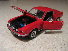 FORD MUSTANG GT-500 HARD TOP 1967 1:24 RED DIECAST MODEL CAR