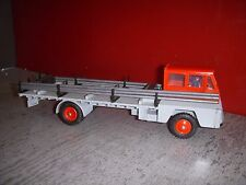 DINKY TOYS SAVIEM PORTE FER 885 MADE IN FRANCE