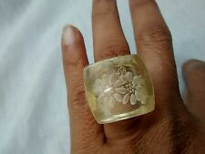 Gorgeous vintage statement reverse carved clear lucite ring size 6.5