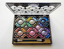 La femme 32 Colour Shimmer Eye Shadow Palette 01