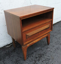 Mid-Century Walnut Nightstand End Table Side Table 7664