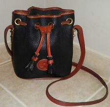 Vintage Dooney & Bourke Black Leather Drawstring Bucket Style Shoulder Handbag