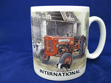 INTERNATIONAL 250 275 CASE IH  VINTAGE  TRACTOR MUG