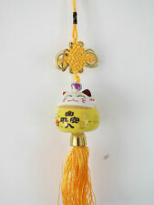 JAPANESE L WHITE YELLOW LUCKY CAT CHINESE CAR CHARM NEW YEAR PARTY - PEACE D5