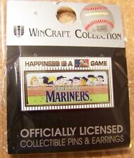 2014 Peanuts Happiness is a MLB Game pin - Seattle Mariners Snoopy Charlie Brown