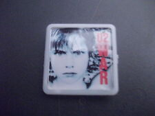 U2 WAR ALBUM COVER    BADGE PIN