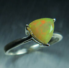 0.90ct Natural rainbow Ethiopian Welo Opal multi-colour 925 Sterling silver ring