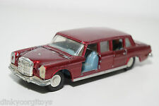 DINKY TOYS 128 MERCEDES BENZ 600 PULLMAN MAROON GOOD CONDITION