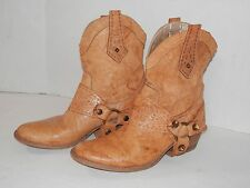 Womens size 37 Ankle Boots Short Western Leather Stirrup Embellished Italy
