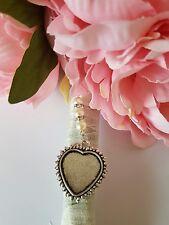 Super mariage bouquet charme en forme de coeur pendentif en argent médaillon & organza sac cadeau
