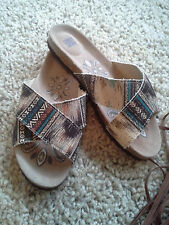 New Muk Luks comfort sandals, size 7 (fit 6-6 1/2), nuetral tribal pattern