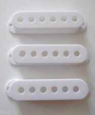 NEW 3 COVERS STRAT 52mm white  pour  guitare Fender, Squier etc