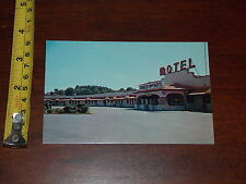 POSTCARD RARE OLD VINTAGE SOMERSET NEW MOTEL PENNSYLVANIA TURNPIKE TOLL GATE