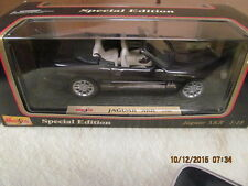 Maisto Special Edition 1998 Jaguar XKR Convertible 1:18 Diecast in Box