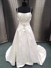 Alfred Angelo Elegant Beaded Wedding Dress Cream 8/10 - Dry Clean/Repair (171J)