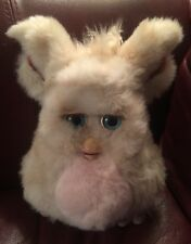 Furby 2005 Hasbro (Tiger Electronics) 59294 Light Tan W/Pink Belly & Blue Eyes