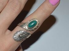 VINTAGE STERLING SILVER AND TURQUOISE WRAP AROUND RING SIZE 7