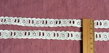 Cambric/Broderie Cream Eyelet Ribbon Insertion Lace Trim Sewing 2.70m