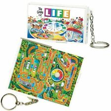 HASBRO MINIATURE 1998 THE GAME OF LIFE GAME KEY CHAIN