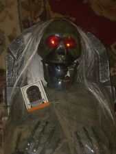 HALLOWEEN OUTDOOR LIGHTED TALKING ZOMBIE FIGURE RIP TOMBSTONE GRAVE YARD SET LOT