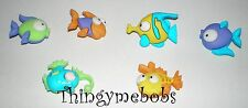 6 algo fishy/funky/cute peces temática Craft Botones-cardmaking/sewing/crafts