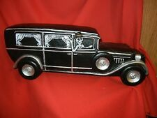 LARGE HEARSE CAR with SKELETON DRIVING HALLOWEEN DISPLAY PROP - Very Neat LOOK