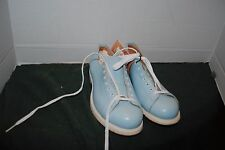 Vintage Linds top grain leather baby blue ladies size 6b bowling shoes