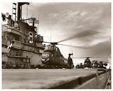 1960 8X10 USMC PHOTO OF THE U.S.S. VALLEY FORGE OPERATION POT SHOT AT SEA LOOK