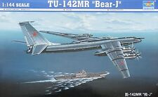 "TRUMPETER® 03905 Tu-142MR ""Bear-J"" in 1:144"